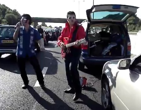 Elvis on the M1